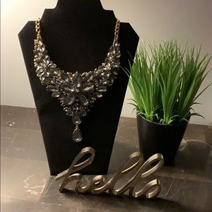 Beautiful crystal necklace for a night out!